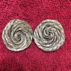 Jewelry - Vintage silver clip earrings